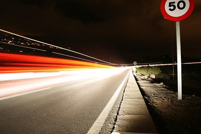 Starosta ma prawo odebrać kierowcy prawo jazdy na trzy miesiące na podstawie samej tylko informacji Policji