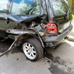 Wypadek z nieubezpieczonym kierowcą bez OC. Jak uzyskać odszkodowanie i skąd?
