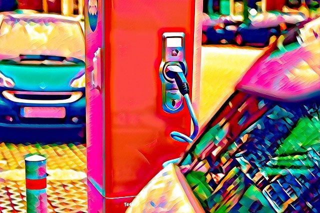 """Zmiana wysokości wsparcia do zakupu elektryka – czy można """"wycofać się"""" z zamówienia?"""