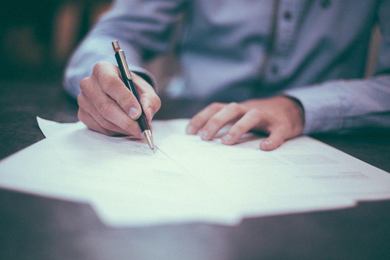 Rękojmia za wady – na co uważać przy podpisywaniu umowy?